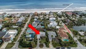 3611 1st St S, Jacksonville Beach, FL 32250