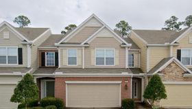 3881 Lionheart Dr, Jacksonville, FL 32216