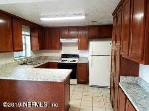 Another Property Rented - 9922 Moss Side Ln, Jacksonville, FL 32257