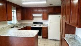 9922 Moss Side Ln, Jacksonville, FL 32257