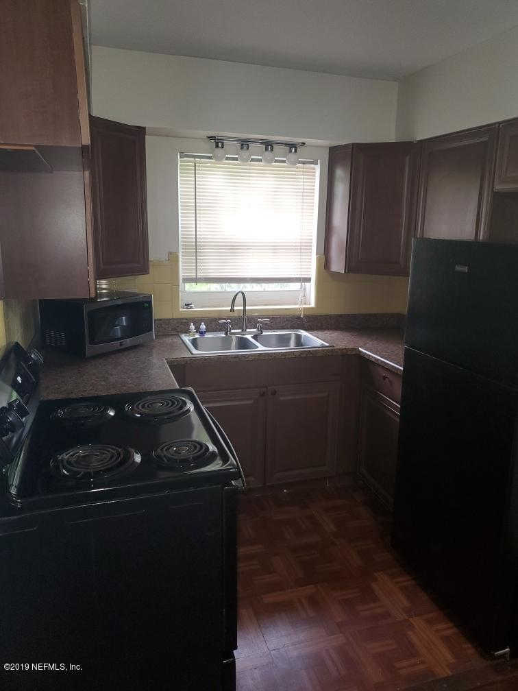 Another Property Rented - 706 NW 10TH Ave #a, Gainesville, FL 32601