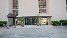 275 1st St S #201, Jacksonville Beach, FL 32250