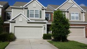 3898 Lionheart Dr, Jacksonville, FL 32216