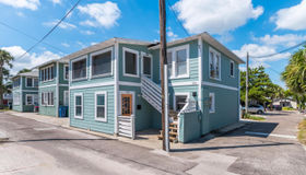 215 Midway Ave, Neptune Beach, FL 32266