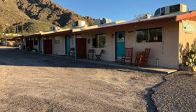 9040 N Oracle Road, Tucson, AZ 85704