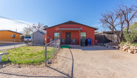 447 W Pelaar Drive, Tucson, AZ 85705