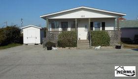121 Northshore Drive, Surf City, NC 28445