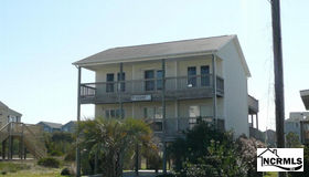 804 S Topsail Drive, Surf City, NC 28445