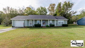 780 Old Folkstone Road, Sneads Ferry, NC 28460