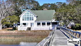 6835 Roberta Road sw, Ocean Isle Beach, NC 28469