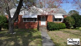 109 Dogwood Drive, Jacksonville, NC 28540