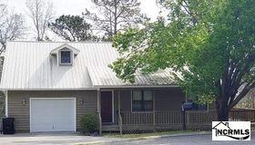 422 Whirl Away Boulevard, Sneads Ferry, NC 28460