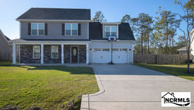 783 Jim Grant Avenue, Sneads Ferry, NC 28460