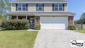 400 Mossy Oak Lane, Jacksonville, NC 28540