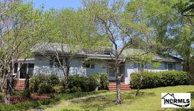 20 Creekside Woods Drive, Swansboro, NC 28584