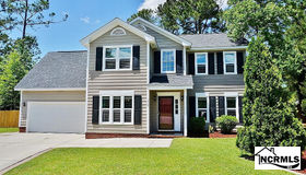 408 Hampshire Place, Jacksonville, NC 28546