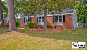 504 Woodhaven Drive, Jacksonville, NC 28540
