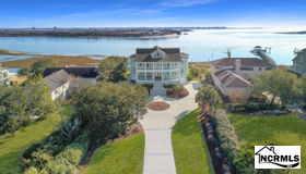 821 Inlet View Drive, Wilmington, NC 28409