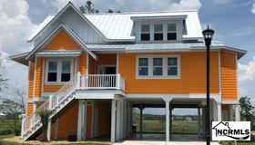 105 Lucas Cove Way, Oak Island, NC 28465