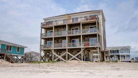 244 Seashore Drive, North Topsail Beach, NC 28460