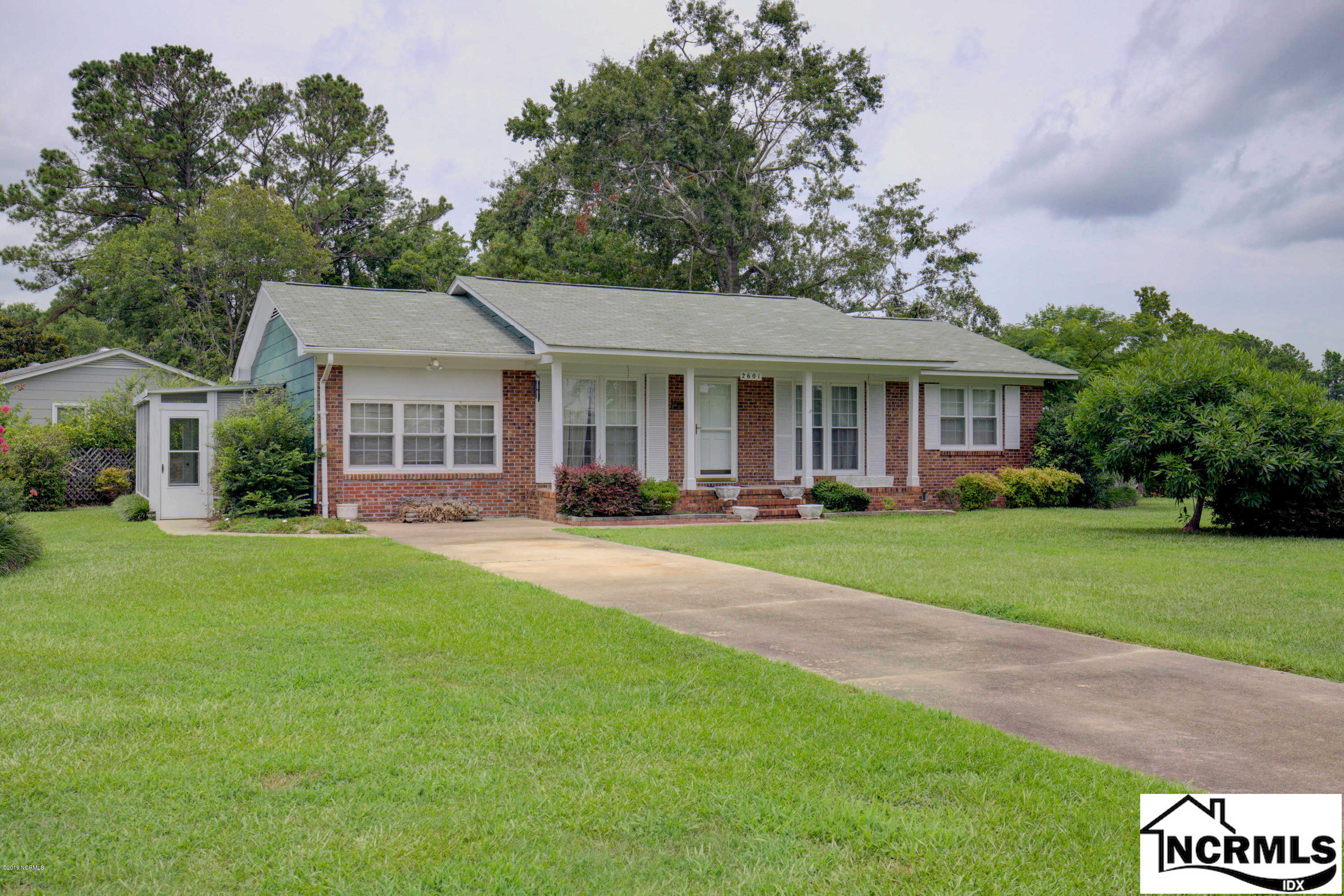 2601 Country Club Road, Jacksonville, NC 28546 is now new to the market!