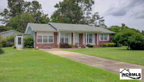 2601 Country Club Road, Jacksonville, NC 28546