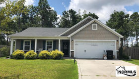 421 Blue Pennant Court, Sneads Ferry, NC 28460