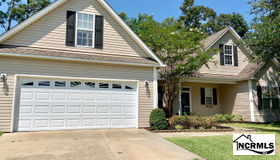 103 Southern Magnolia Court, Hampstead, NC 28443