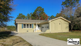 429 S Shore Drive, Southport, NC 28461