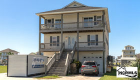 9051 W 9th Street, Surf City, NC 28445