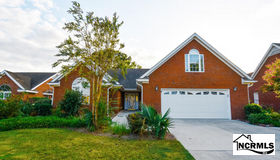 144 Candlewood Drive, Wallace, NC 28466