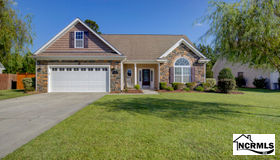 725 Savannah Drive, Jacksonville, NC 28546