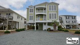 223 Ocean Boulevard W, Holden Beach, NC 28462