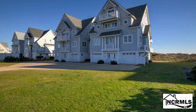 4266 Island Drive, North Topsail Beach, NC 28460