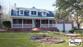 1456 Corcus Ferry Road, Hampstead, NC 28443