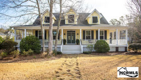 5106 Hollow Tree Drive, Southport, NC 28461