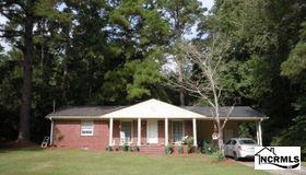 71 Hillcrest Road, Whiteville, NC 28472