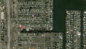 714 sw 12th Ter, Cape Coral, FL 33991
