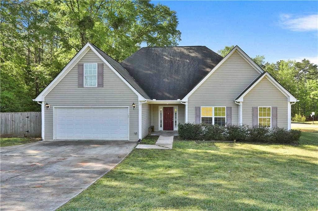 514 Carlton Road, Palmetto, GA 30268 is now new to the market!