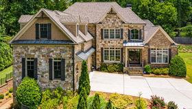 1068 Mabry Oaks Drive NE, Brookhaven, GA 30319