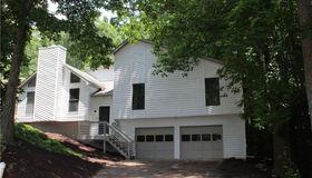 2451 Robin Hood Place NE, Marietta, GA 30068