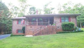 2139 J Warren Road, Cornelia, GA 30531