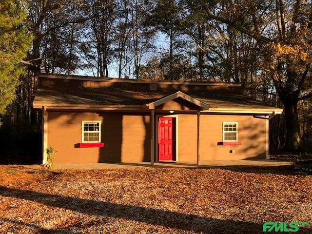 1964 S Flat Rock Road, Douglasville, GA 30134 is now new to the market!