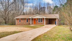 80 Hilltop Circle, Auburn, GA 30011