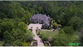 540 Stonemoor Circle, Roswell, GA 30075