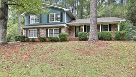 257 Malone Circle, Fairburn, GA 30213