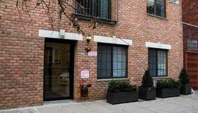 205 Huron Street #1b, Brooklyn, NY 11222