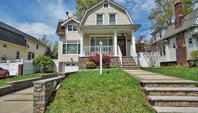 37 Outerbridge Avenue, Staten Island, NY 10309