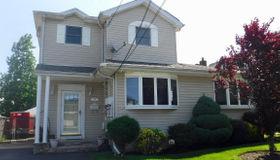 387 Winchester Avenue, Staten Island, NY 10312