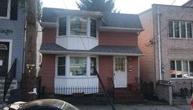 115 Monroe Avenue, Staten Island, NY 10301